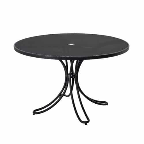 florance table with extended steel mesh and umbrella hole